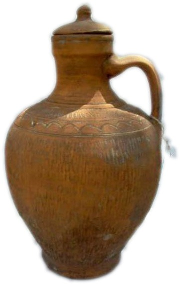 Pitcher with clay stopper (Cántara)
