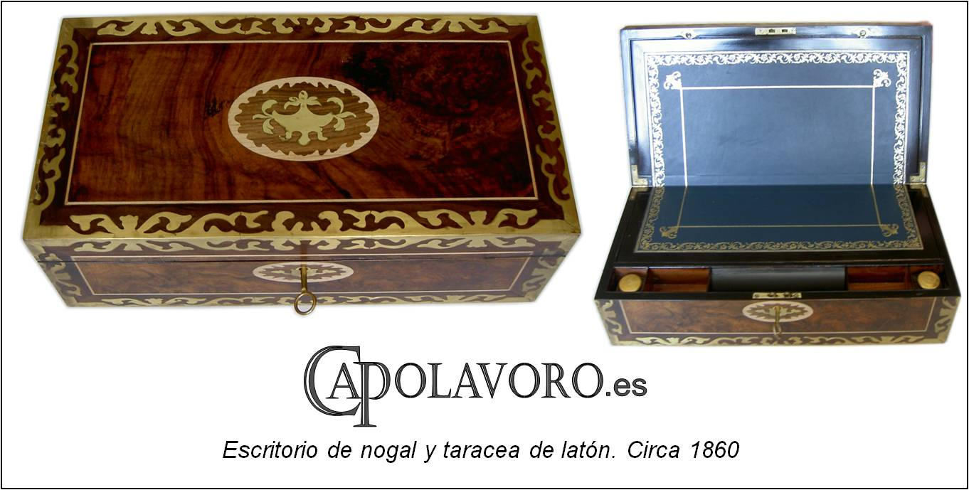 Escritorio_victoriano_de_nogal_y_laton._Victorian_walnut_writing_slope_with_brass_inlay_decoration.jpg
